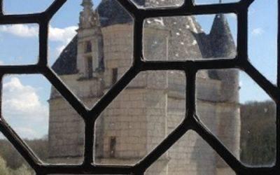 Château Montpoupon-proche Domaine de la Roche Bellin.JPG